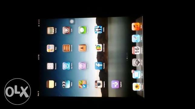 Ipad. 64 GB. With all acc