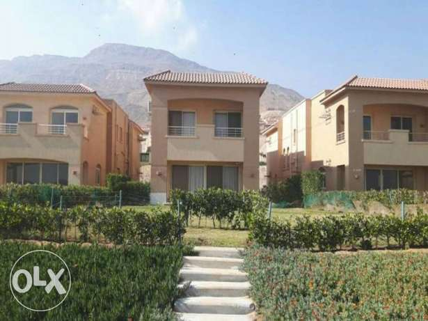 First Row Villa 280 M Resale In Telal Ain Sokhna Fully Furnished