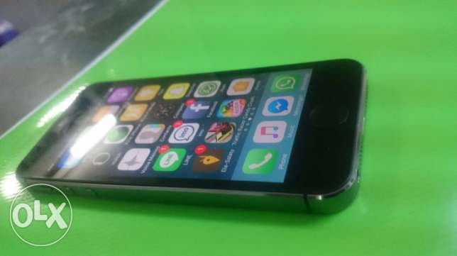 iphone 5s 64g gray space البرلس -  2