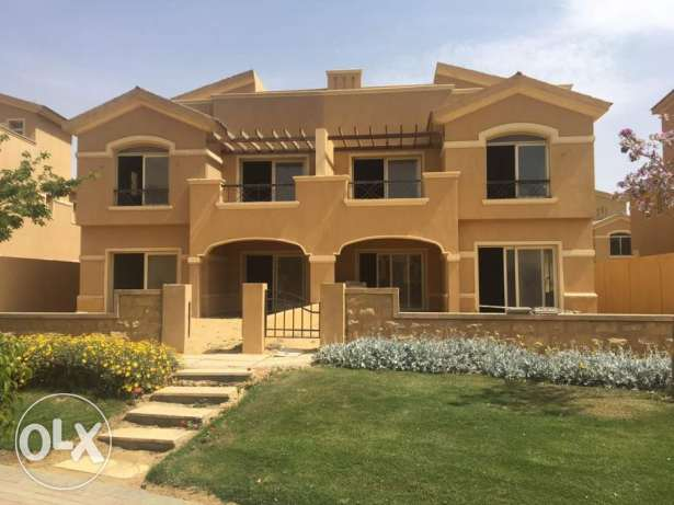 Twin House dyar park prime location for sale