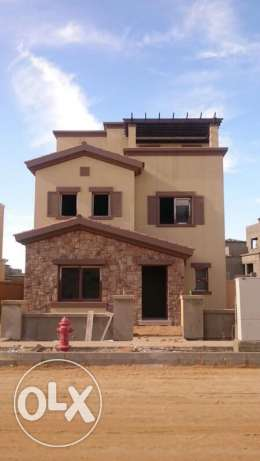 separate villa fully finished in compound mivida with installment