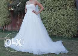 White One Wedding dress for Sale - size UK 10