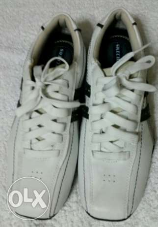 Skechers shoes . Size 10. Real leather.
