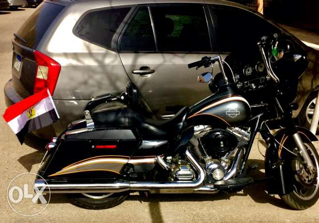 for highest price , Harley Davidson 2011 street glide for sale