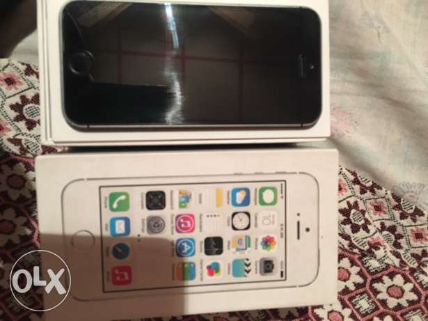 IPHONE 5s 16g silver no scratch السيوف -  8