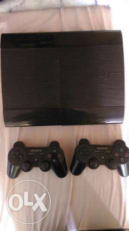 Ps3 with 2 controllers and 6 games in very good condition