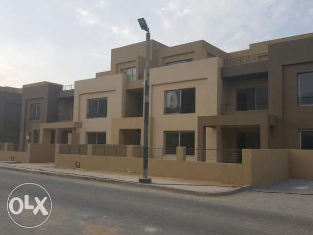 Apartment for sale in palm parks type D 282 sqm ready to deliver FF