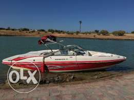 Rinker boat R1 2009 , only 100 hours مركب