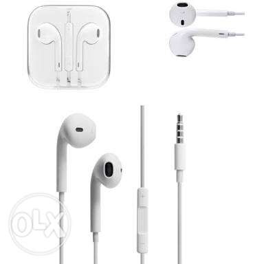 iphone airpods brand new with serial