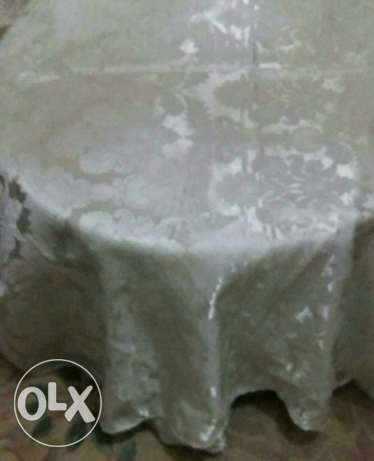 Table covers ..( غطاء طاولة)