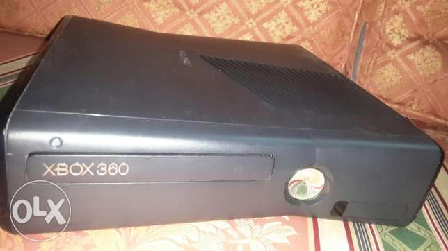 Xbox 360 console with 2joistik and 5games original الإسكندرية -  4