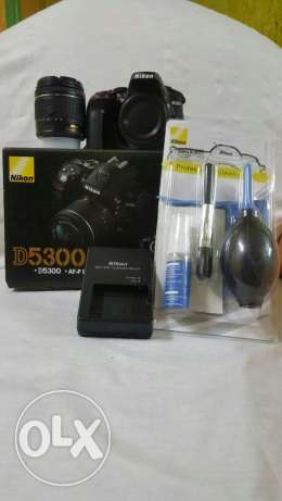 Nikon D5300 with lens 18-55 new version