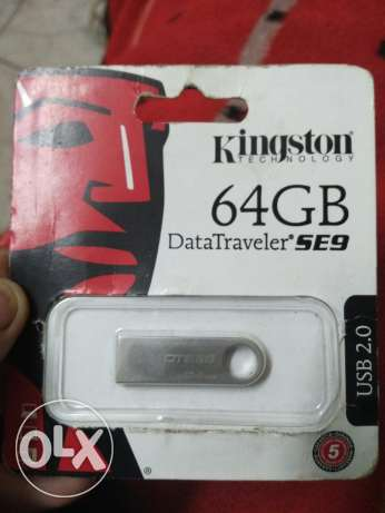 Kingston flash drive 64 gb