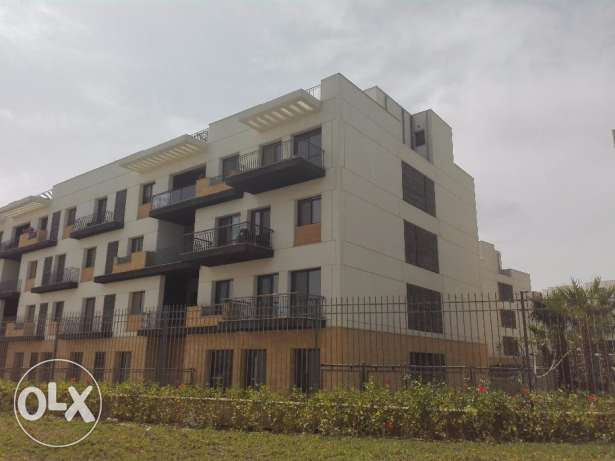 Pent house For Sale in Westown Residence