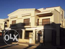 twin house in sunrise 400m with installments