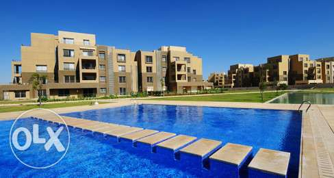 Palm Park Duplex 201 m with 58 m roof with a very good location