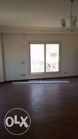 Townhouse for rent 273sqm in mivida compound in the 5th settlement