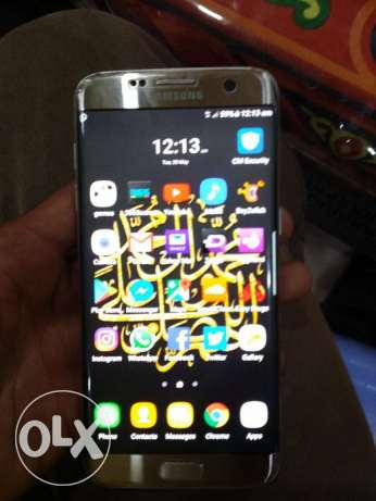 With gear vr Samsung s7 edge Silver titanum like new With all acc