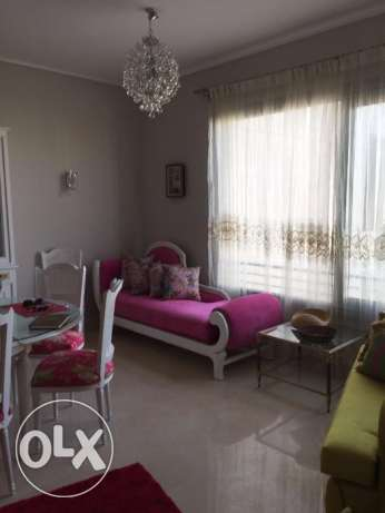 Fully furnished 2 bed room in palm hills the Village gate القاهرة الجديدة -  1