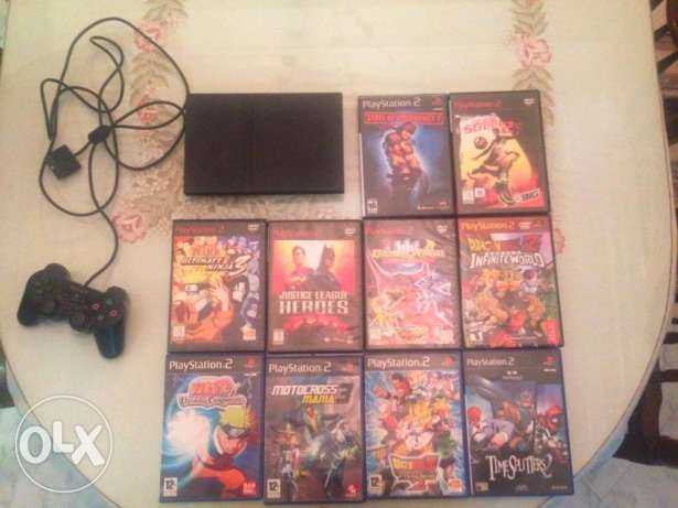 6PlayStation 2 Console + Controllers + CDs