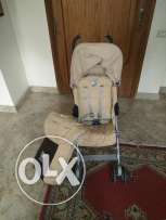 Mc Laren push chair (4 seasons)