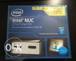 Intel NUC mini pc D54250WYKH