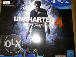 ps 4 slim with uncharted 4 and controller