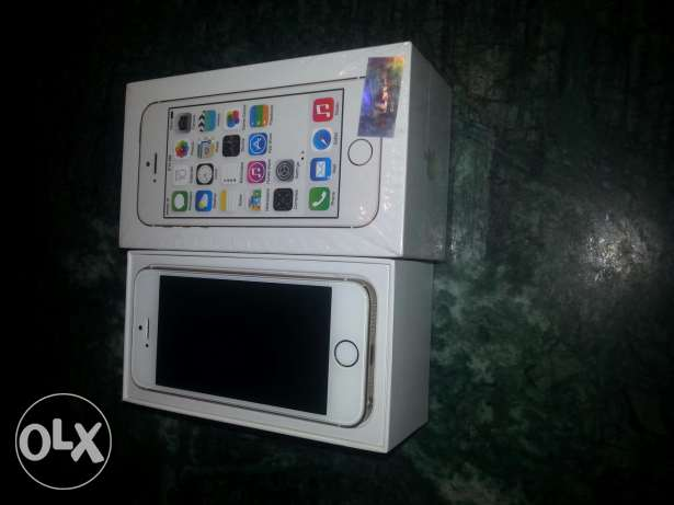 Iphone 5s 64gb used 4 days only like new مصر الجديدة -  1