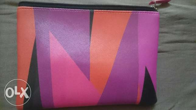 Maybelline Make up bag المعادي -  1