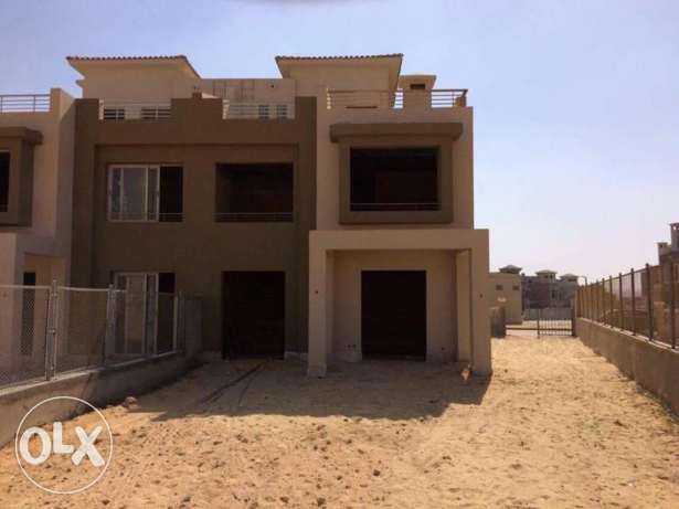 Twinhouse for Sale in Palm Hills Golf Extension - 6th of October الإسكندرية -  2