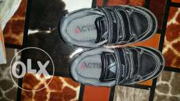 Active shoes for kids used