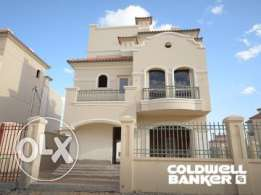 Villa located in 6 October for sale 362 m2, 3 bathrooms, 3 bedrooms, p