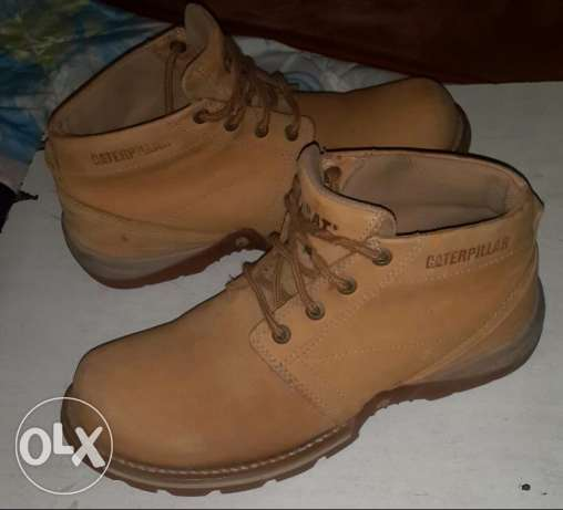 Used Genuine caterpillar boot الزيتون -  1