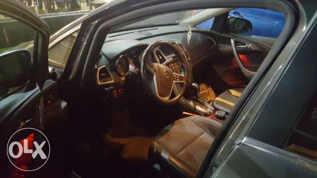 Opel astra 2014 cosmo