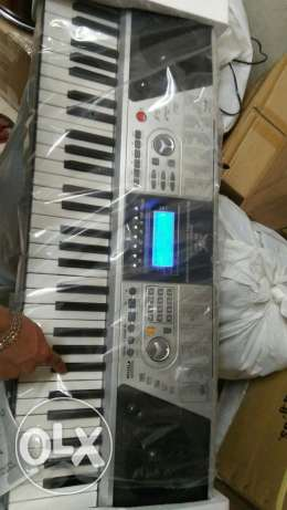 New keyboard for sale 5 octave