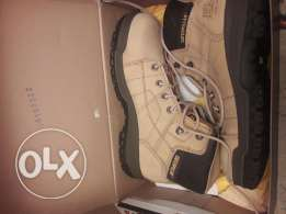 Safety shoes 42