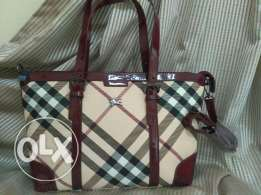 Christmas offer buy one high copy Burberry bags &get 20%off the second
