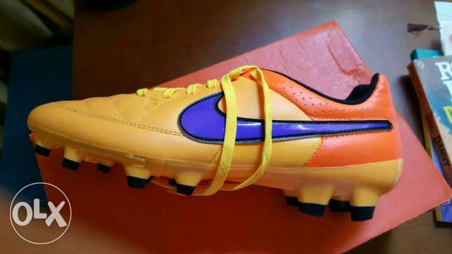 New Nike football shoes with box مدينة نصر -  1