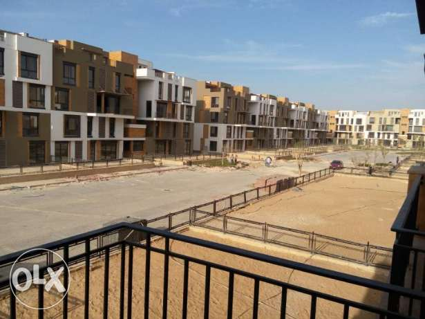 Ground apartment in West town Sodic for sale prime location 190 sqm الشيخ زايد -  3