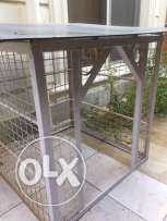 For sale, Dog house Ferforge painted in beige