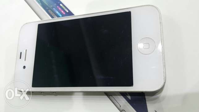 iphone 4 white 16G charger only