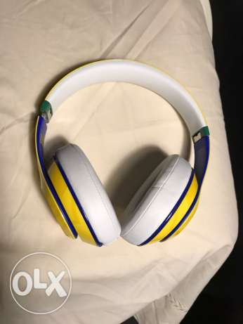 Limited Edition Wireless Beats Studio Brazil World Cup Editoon