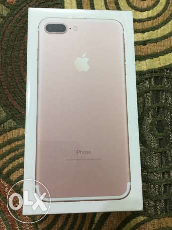 iphone 7 plus 32 sealed brand new rose from usa جديد متبرشم