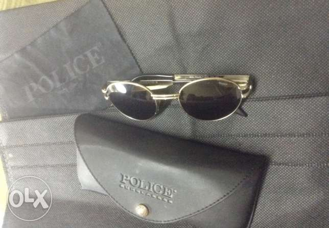 origenal police sunglases in a perfect condition