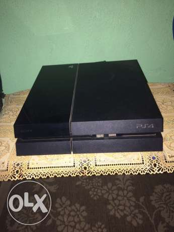 PS4 500GB with box and 7 games CD مدينة نصر -  8