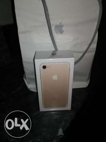 iphone7 gold 32g الهرم -  1