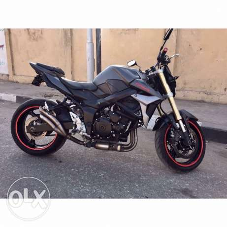 for sale suzuki gsr 750cc model 2011