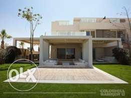 Chalet located in Sidi Abdel Rahman for sale 270 m2, 3 bathrooms, 3 be