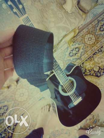 Fitness acoustic guitar .