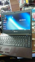Core i3- ram 4gb-hdd ssd 160- vga intel HD 1gb-dvdrw-wifi-cam-4usb